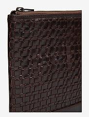Royal RepubliQ - League Laptop Sleeve - laptop-väskor - brown - 5