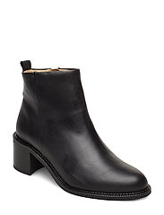 Town Ankle Boot - BLACK