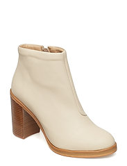 Bridge Zip Boot - SAND