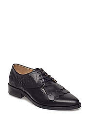 Prime Croco Fringe Shoe