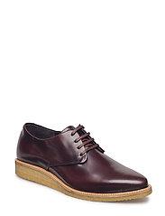 Prime Crepe Derby Shoe - BORDEAUX