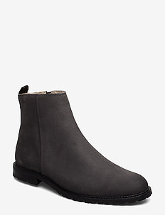 Alias City Hiker Suede Ankle Boot - ANTHRACITE