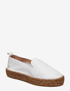 Wayfarer Loafer - WHITE