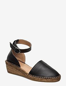 Wayfarer Sandal - BLACK