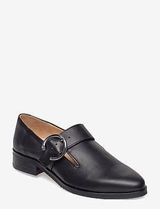Prime Buckle Shoe - BLACK