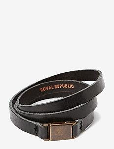 Clip bracelet/cuff - dainty - black