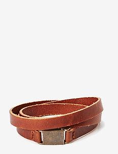 Clip bracelet/cuff - dainty - cognac