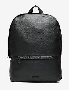 Seeker Backpack - BLACK