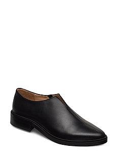 Prime Minimal Oxford Shoe