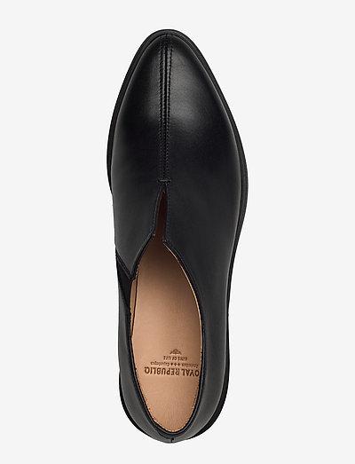 Royal Republiq Prime Minimal Oxford Shoe- Plasky Buty Black