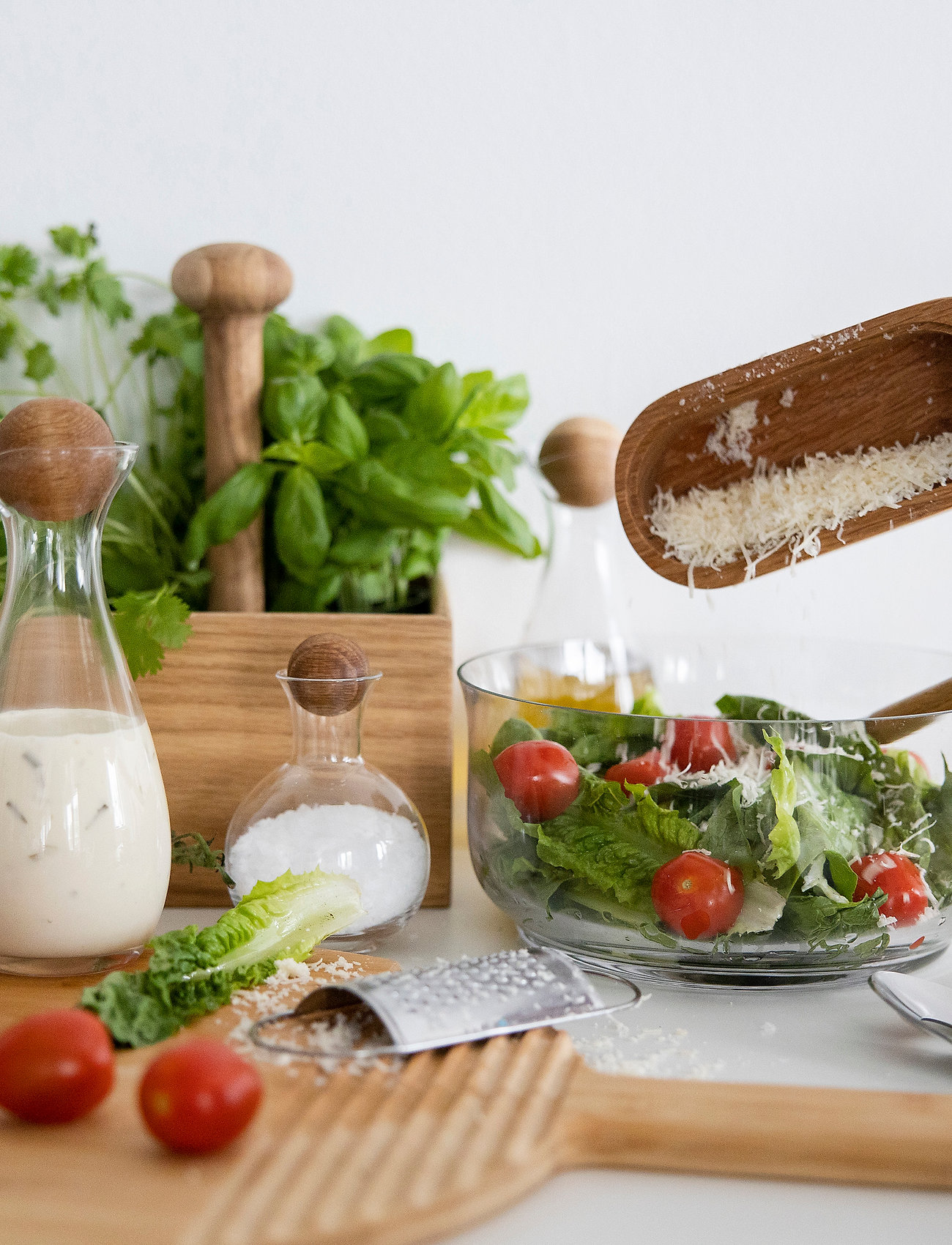 Sagaform - Nature salad bowl with bamboo lid/cutting board - salatboller - brown - 1