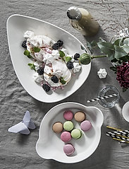 Sagaform - Piccadilly round dish - tarjoilukulhot - white - 1