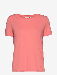 Sail Racing - W GAIL TEE#2 - t-shirts - desert flower - 0
