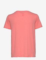 Sail Racing - W GAIL TEE#2 - t-shirts - desert flower - 1