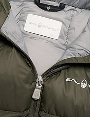 Sail Racing - W GRAVITY DOWN JACKET - sports jackets - forest green - 3