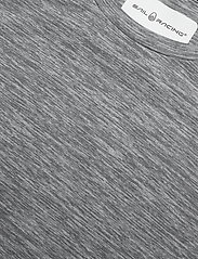 Sail Racing - W GALE TECHNICAL TEE - t-shirts - grey mel - 2