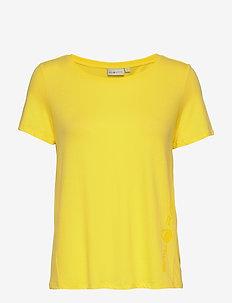 W GAIL TEE#2 - t-shirts - light yellow