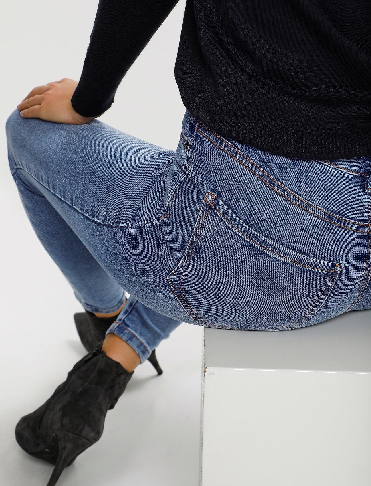 Saint Tropez - T5757, TinnaSZ Jeans - skinny jeans - light blue denim - 6