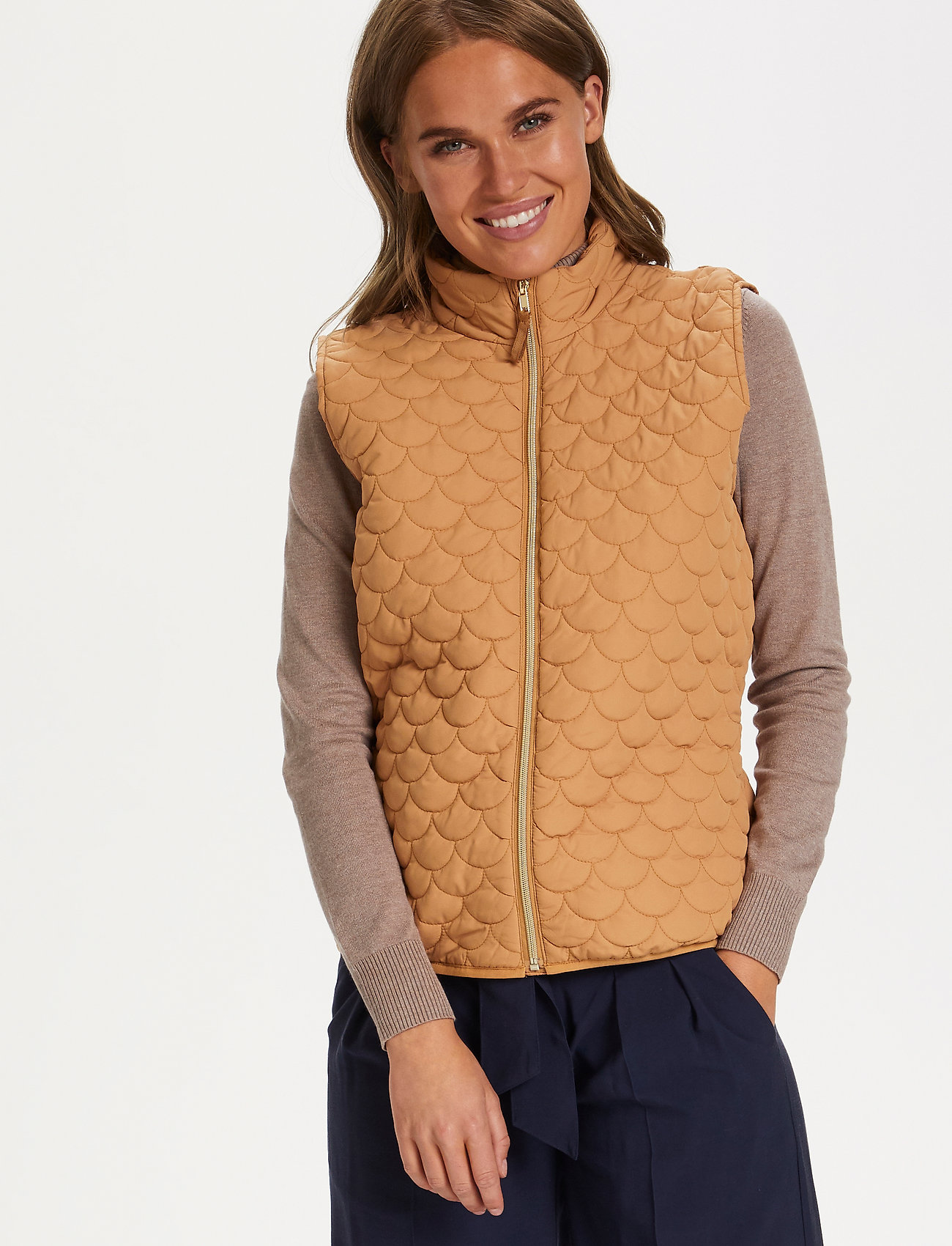 Saint Tropez - EmmySZ Vest - puffer vests - biscuit - 0