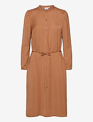 Saint Tropez - EsraSZ Dress - alledaagse jurken - pecan brown - 1
