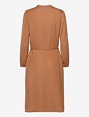 Saint Tropez - EsraSZ Dress - alledaagse jurken - pecan brown - 2
