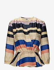 Saint Tropez - MULTI STRIPED TOP - blouses à manches longues - marina - 0
