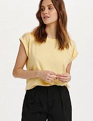 Saint Tropez - U1520, JERSEY TEE S/S - t-shirts - straw - 0