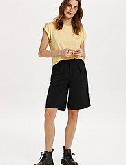 Saint Tropez - U1520, JERSEY TEE S/S - t-shirts - straw - 3