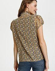 Saint Tropez - LillySZ SS Shirt - kortärmade blusar - bright white optimism florals - 4