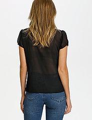 Saint Tropez - LillySZ SS Shirt - kortärmade blusar - black - 4