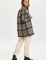 Saint Tropez - TayjaSZ LS Jacket - wool jackets - dark earth - 4