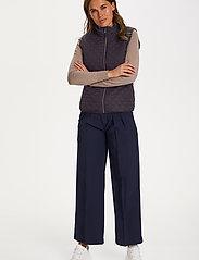 Saint Tropez - EmmySZ Vest - puffer vests - blue deep - 5