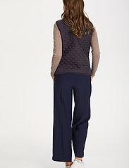 Saint Tropez - EmmySZ Vest - puffer vests - blue deep - 7