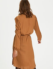 Saint Tropez - EsraSZ Dress - alledaagse jurken - pecan brown - 5