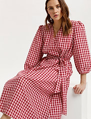 Saint Tropez - FluccaSZ Dress - sommerkjoler - begonia pink - 6