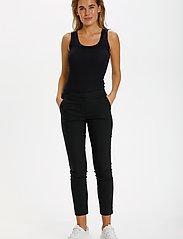 Saint Tropez - R5025, BossaSZ Pants - slim fit bukser - black - 3