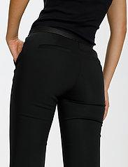 Saint Tropez - R5025, BossaSZ Pants - slim fit bukser - black - 5