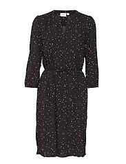 DOT PRINT 3/4 SL.DRESS - BLACK