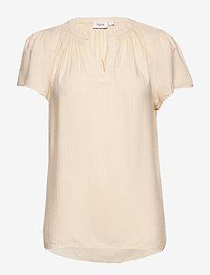 BrittaSZ SS Top - t-shirts - navajo