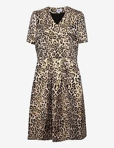 DesmaSZ SS Dress - midi kjoler - creme