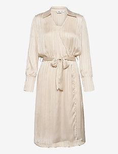 FloralSZ Dress - cocktail-kjoler - doeskin