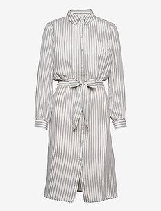 AugustaSZ Dress - vardagsklänningar - dapple gray