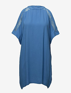 COLD SHOULDER TUNIC - tuniken - newblue