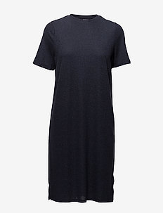 SHIMMER KNIT DRESS W. SLITS - korte kjoler - m.indigo