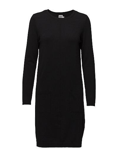 KNIT DRESS WITH POCKETS - BLACK