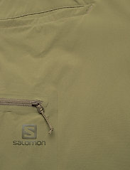 Salomon - WAYFARER SHORTS M Martini Olive - casual shorts - martini olive - 3
