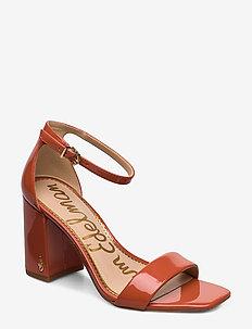 DANIELLA - sandały na obcasie - ginger spice
