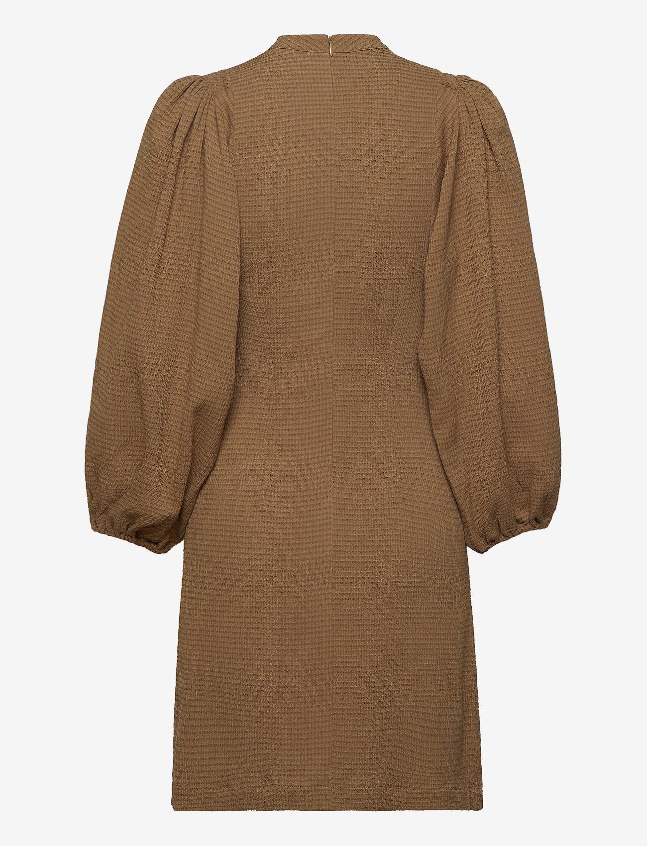 Samsøe Samsøe - Harrietta short dress 11238 - hverdagskjoler - dijon ch - 1