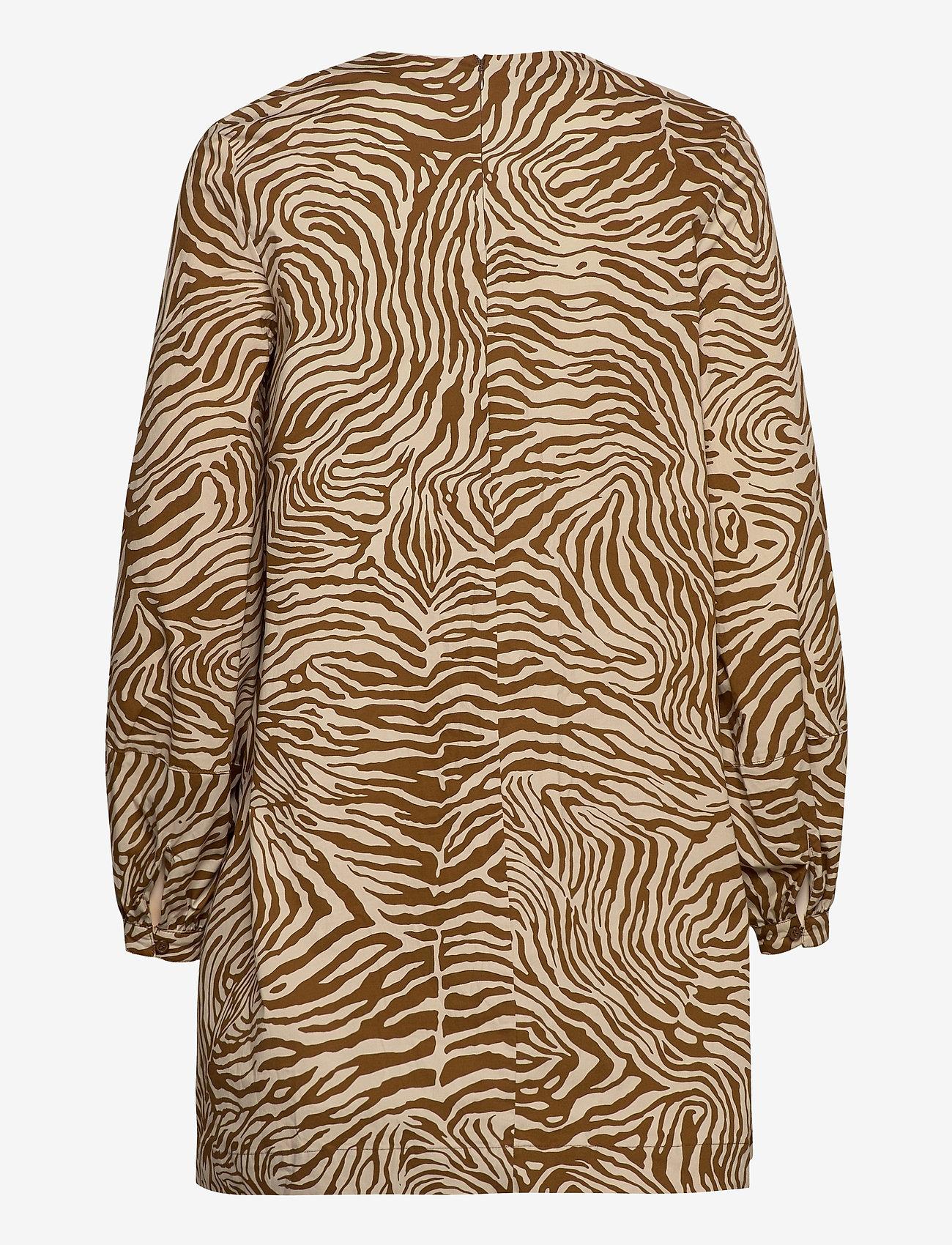 Samsøe Samsøe - Aram short dress aop 10783 - sommerkjoler - mountain zebra - 2