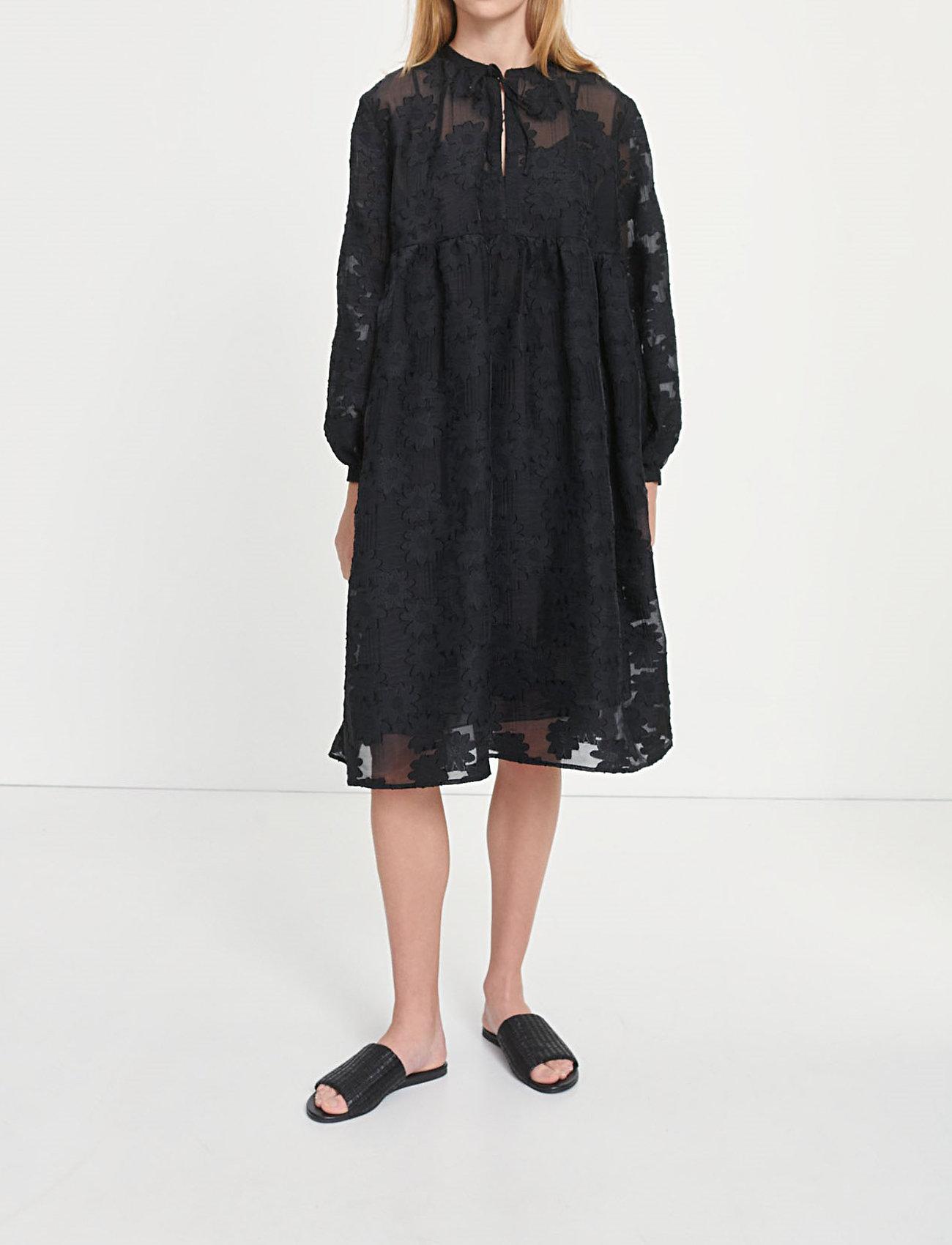 Samsøe Samsøe - Mynthe dress 13049 - blondekjoler - black - 0